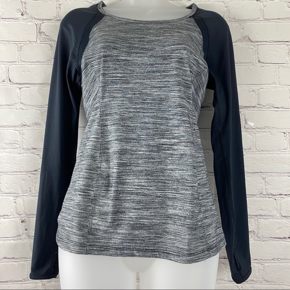 Forever 21 long sleeve tee shirt size s